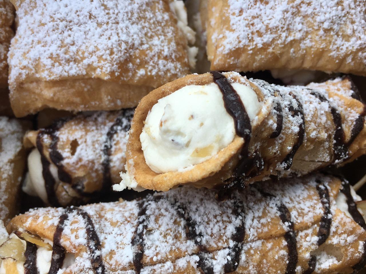 dessert-cannoli